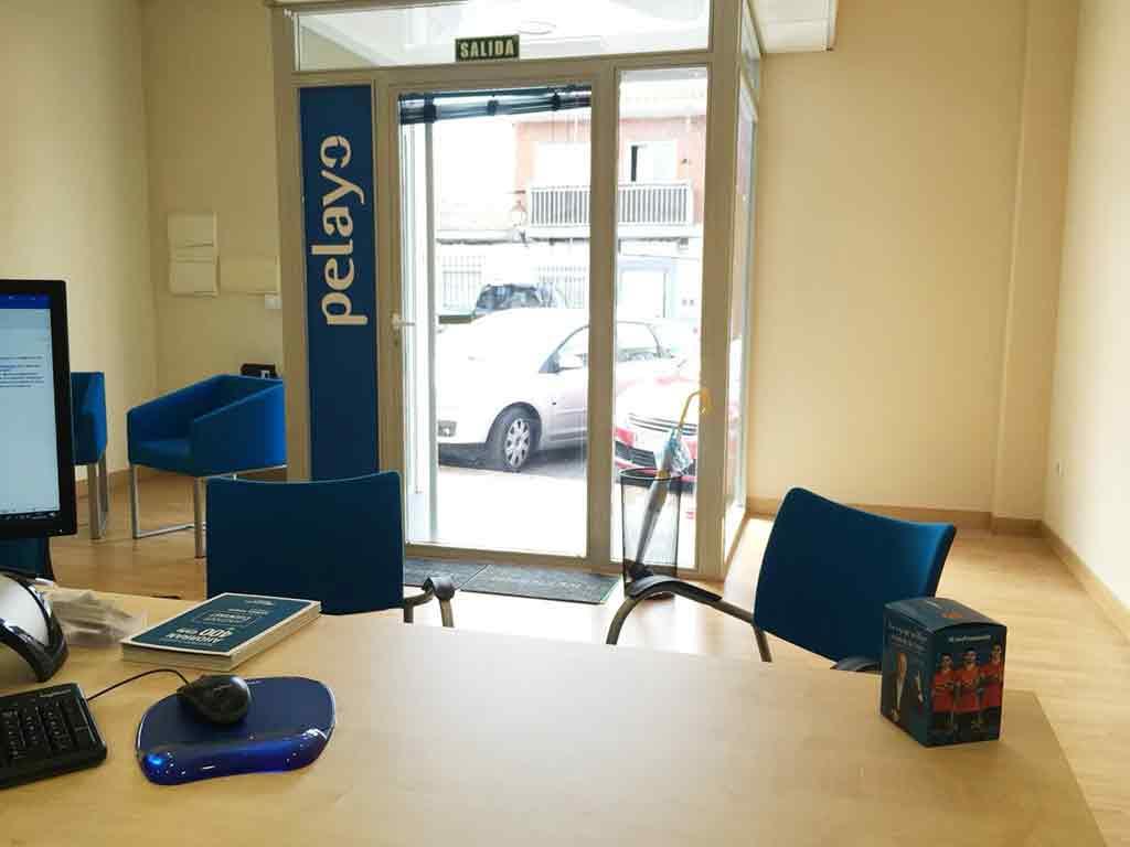 Muebles De Ofina : Pelayo oficina de seguros en arroyomolinos